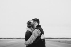 hug-people-2567657_1920