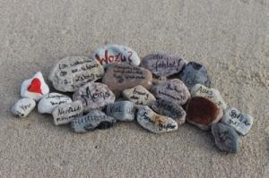 Trauerritual Steine